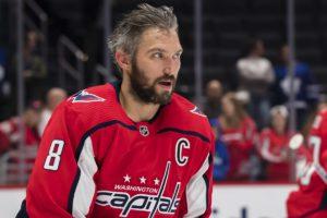 Овечкин лидирует в НХЛ